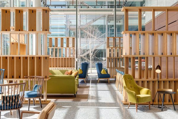 Chiswick-Park-Building-7-Reception-02-26th-March-2017-crop